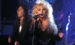 Stevie Nicks - 'Silent Night' Live 1987